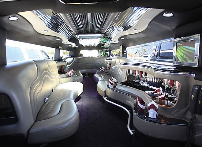 Stretch Limousine Chino