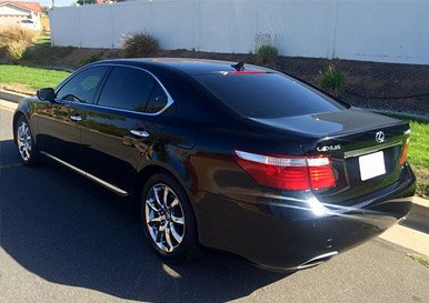 Rent Luxury Sedan in Chino