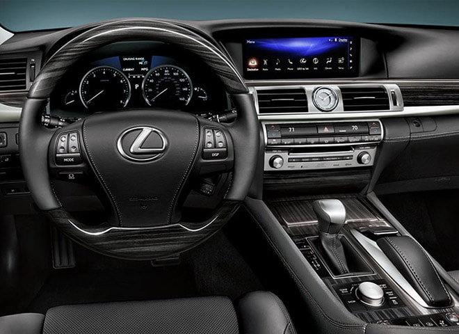 lexus-luxury-sedan2
